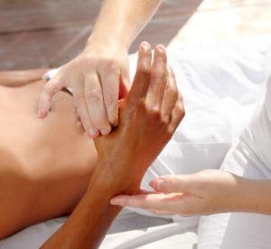 Thai Hand Reflexology Massage Online Course 1